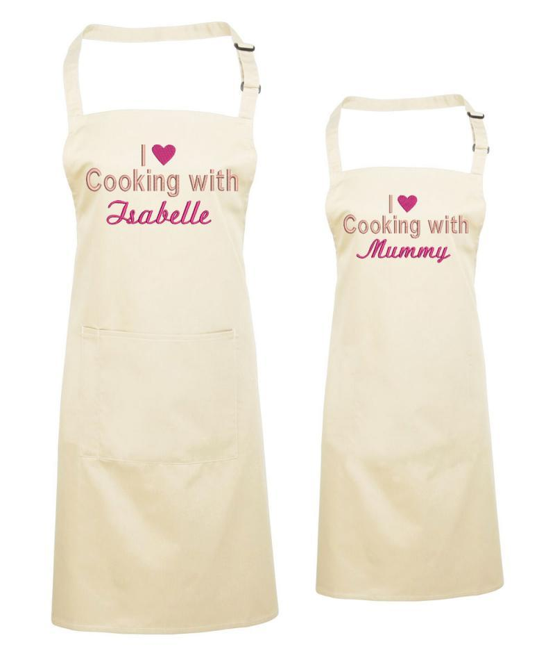 mother and daughter aprons