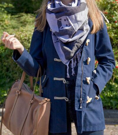 black blanket scarves