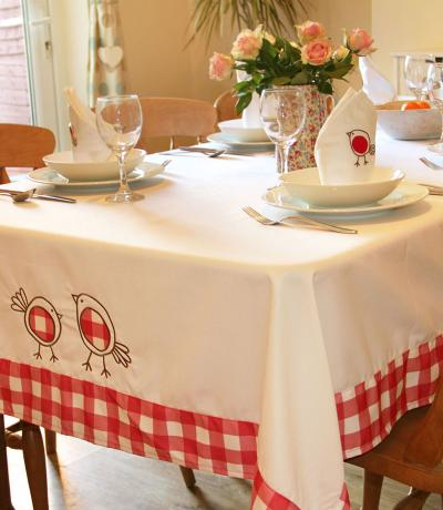 spring tablecloths with robins