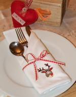 Set Of Embroidered Christmas Napkins - Reindeer